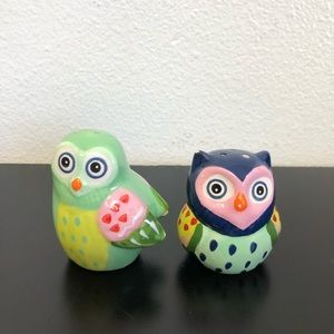 Colorful Bright Owl Salt and Pepper Shaker Set